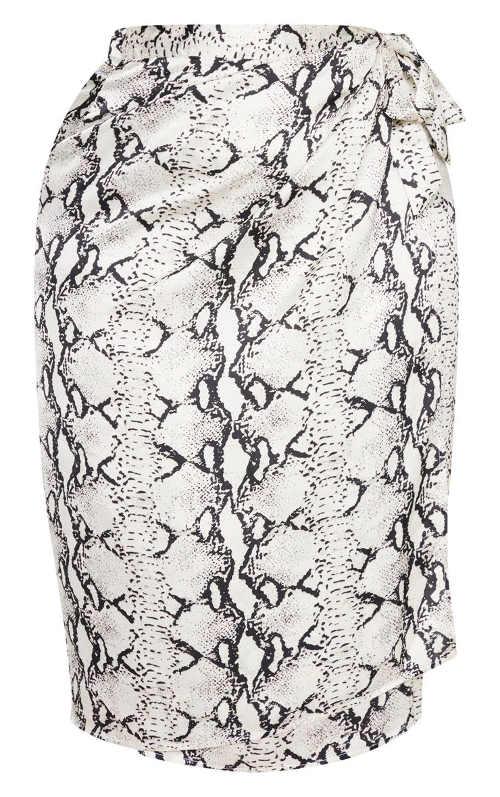 Letní sukně pro plnější tvary zavinovacího střihu