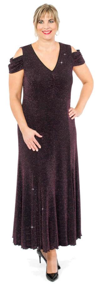 Splývavé plesové šaty pro plnoštíhlé s průstřihy na ramenou