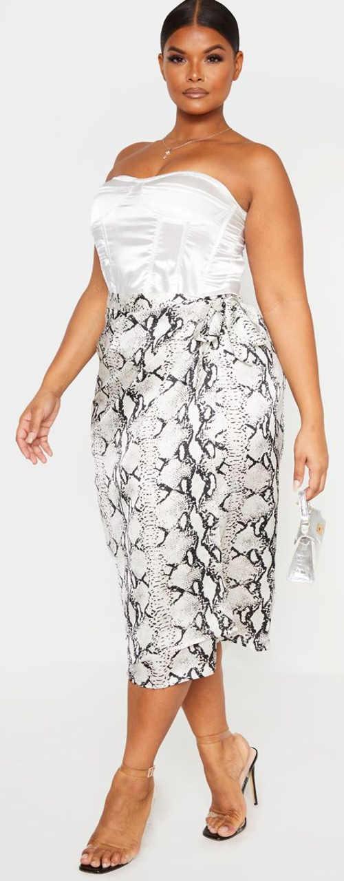 Zavinovací sukně pro plnější tvary s motivem hadí kůže