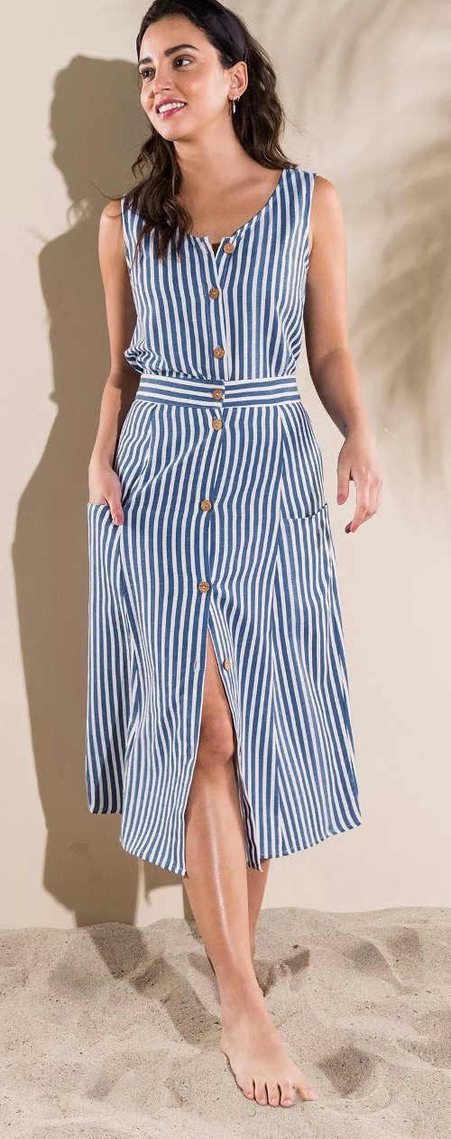 Modro bílá dlouhá pruhovaná sukně na léto