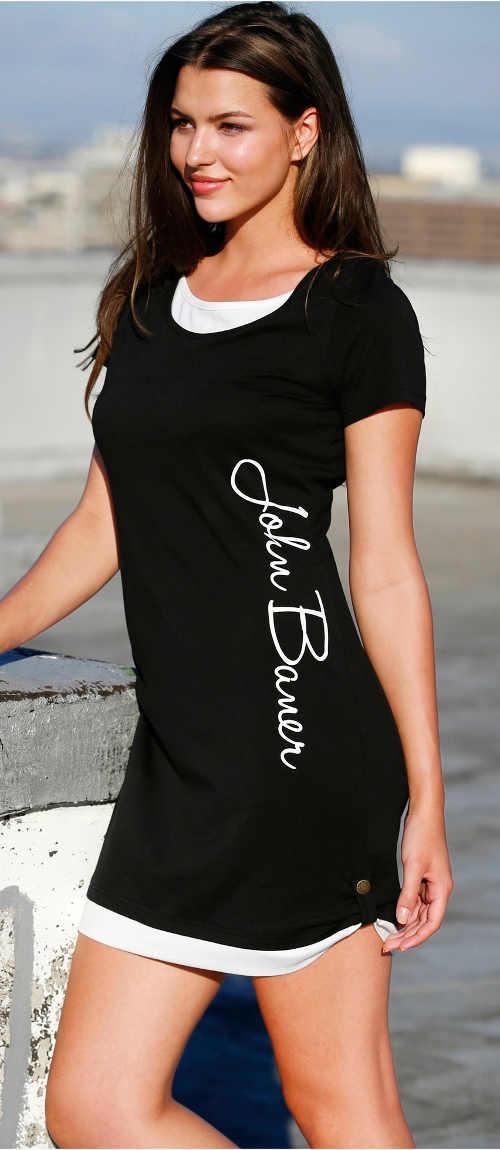 Krátké letní černé úpletové šaty s nápisem na boku