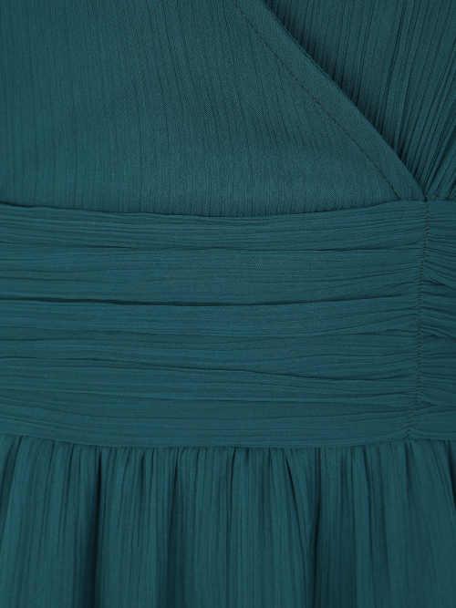 Koktejlové šaty se zavinovacím výstřihem