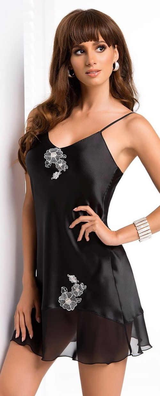 Lehounká černá noční košilka Ida s květinovou aplikaci