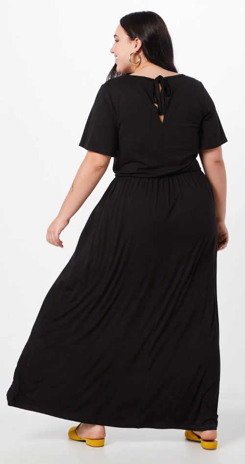 Volné dlouhé černé maxi šaty pro silnější postavy