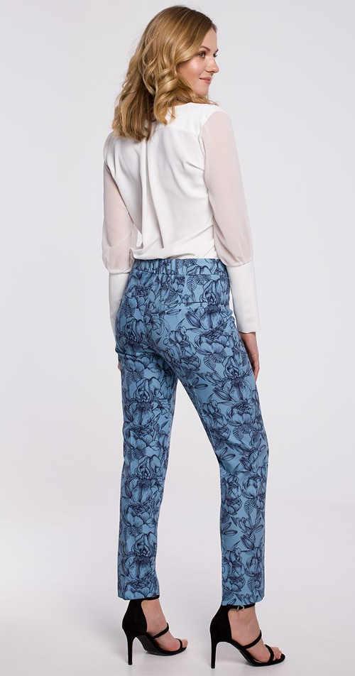 Dámské kalhoty v klasickém střihu