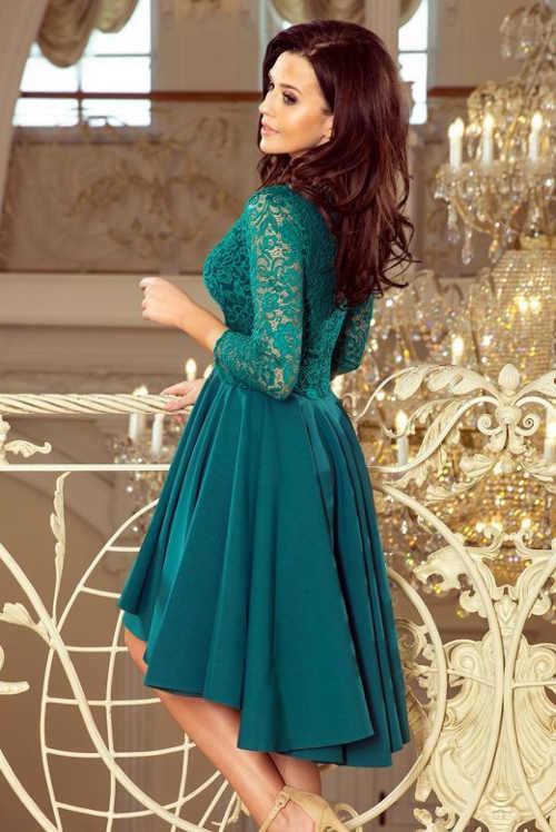 Dámské šaty vhodné pro ženy plnějších tvarů
