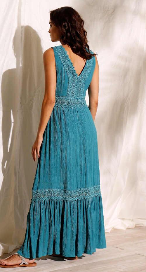 Krásné a pohodlné maxi šaty na léto