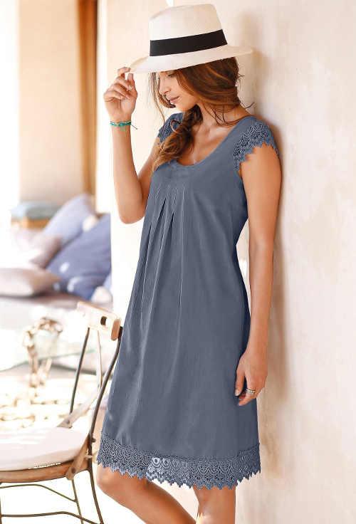 Praktické a pohodlné šaty pro dámy