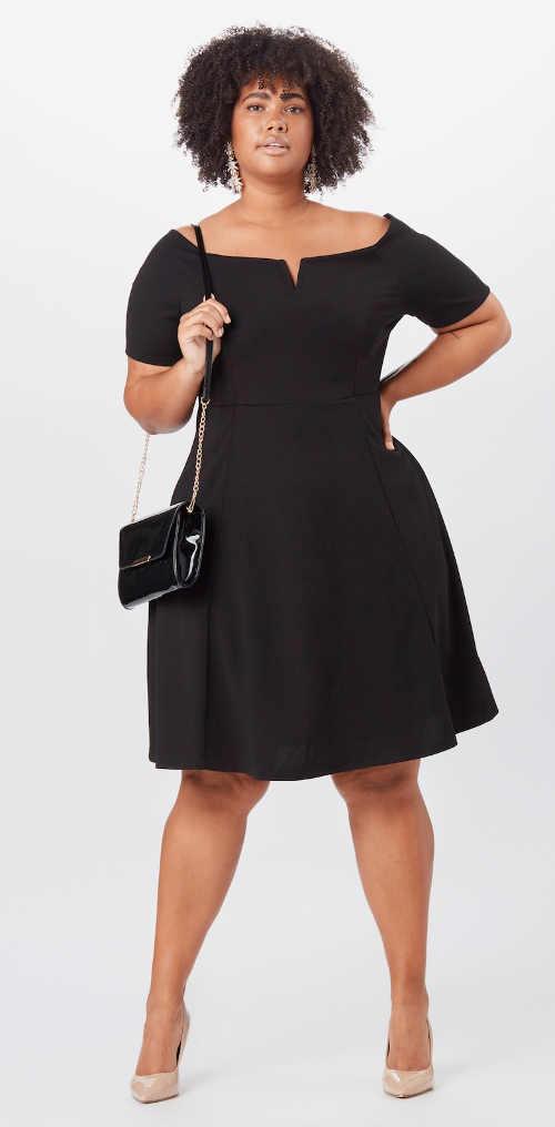 černé šaty v délce ke kolenům