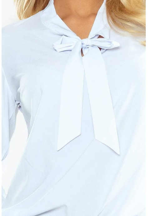 halenka v bílém provedení s vázačkou u krku