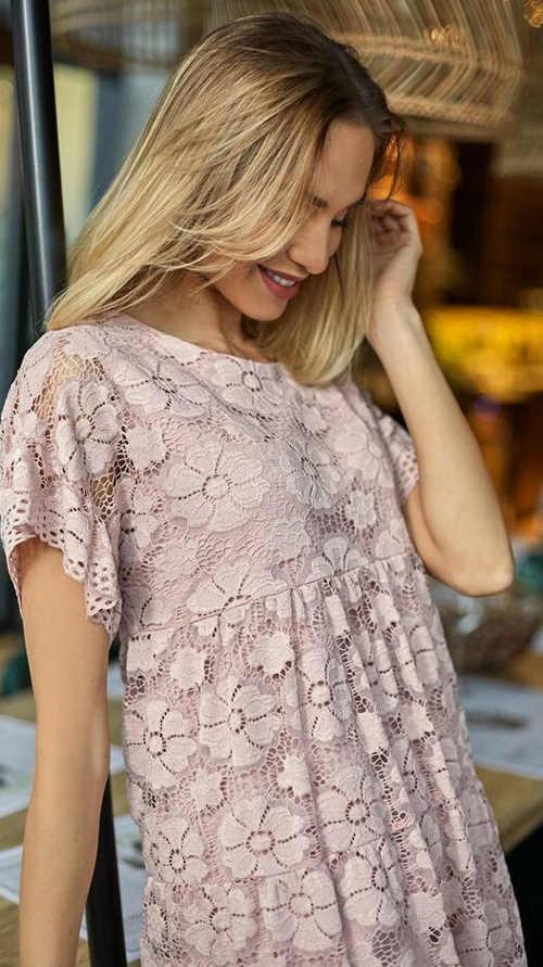 stylové šaty nejen do společnosti