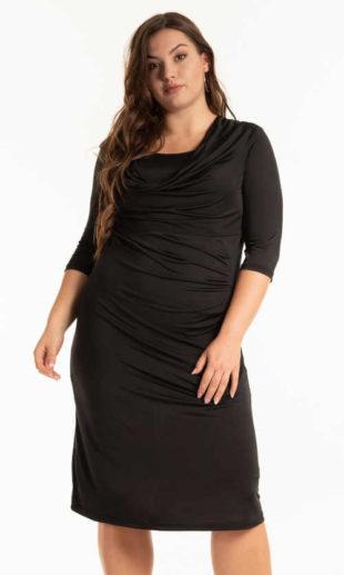 Dámské pouzdrové šaty s řasením v černém provedení