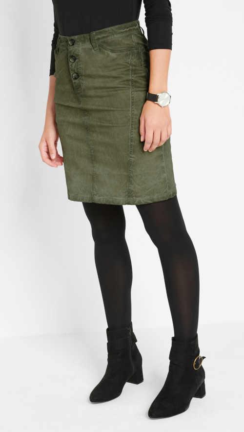 dámská sukně nad kolena