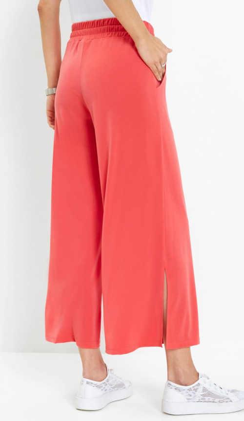 dámské kalhoty s nohavicemi nad kotníky