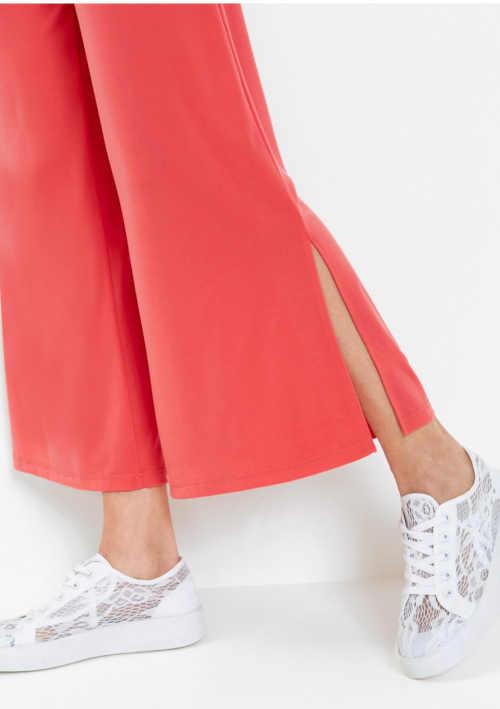 kalhoty červené s rozparky na nohavicích