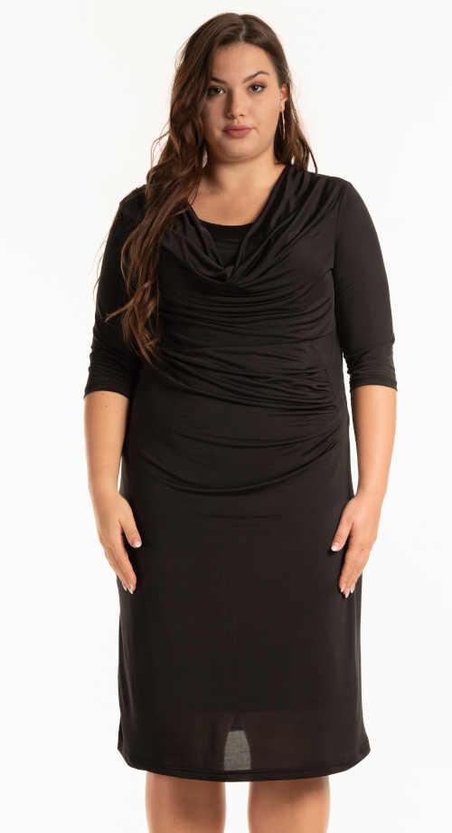 moderní šaty pouzdrového střihu