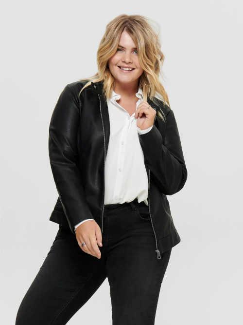Stylová dámská černá krátká bunda na zip v imitaci kůže