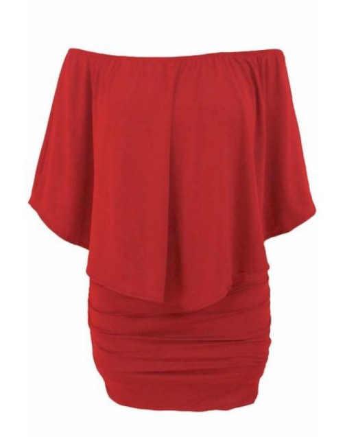 červené dámské moderní šaty