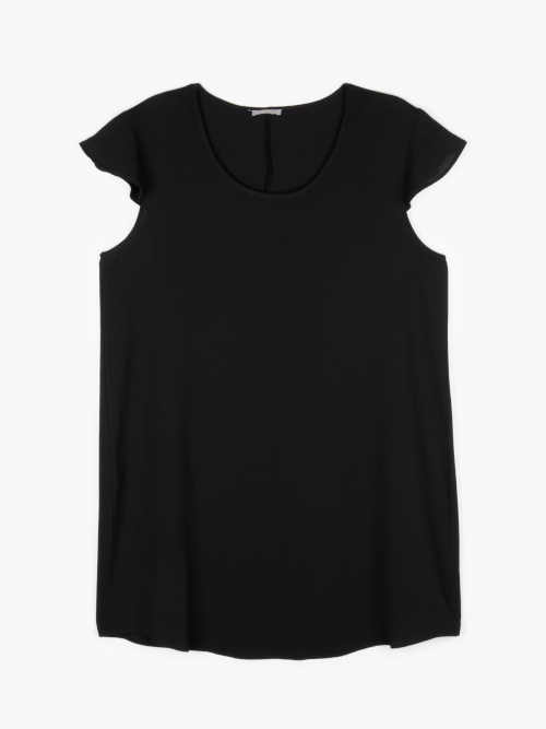 moderní šaty s krátkým volánovým rukávem