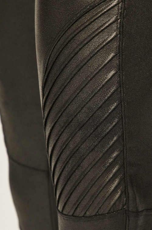 legíny s dlouhými nohavicemi Spanx
