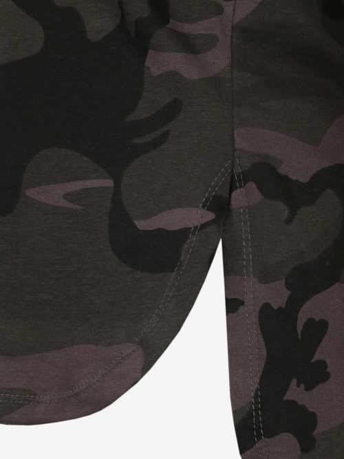 pohodlné tričko v maskáčovém vzoru
