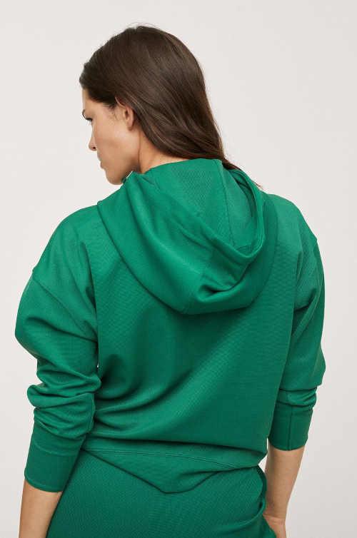 mikina s kapucí v zelené barvě