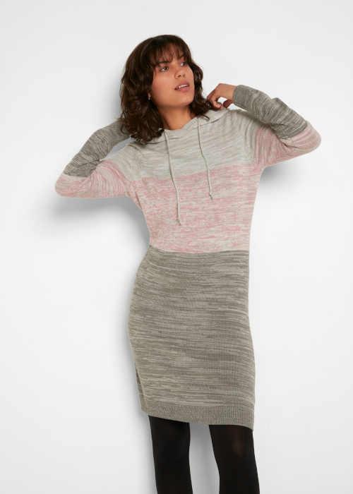 moderní pletené šaty s kapucí