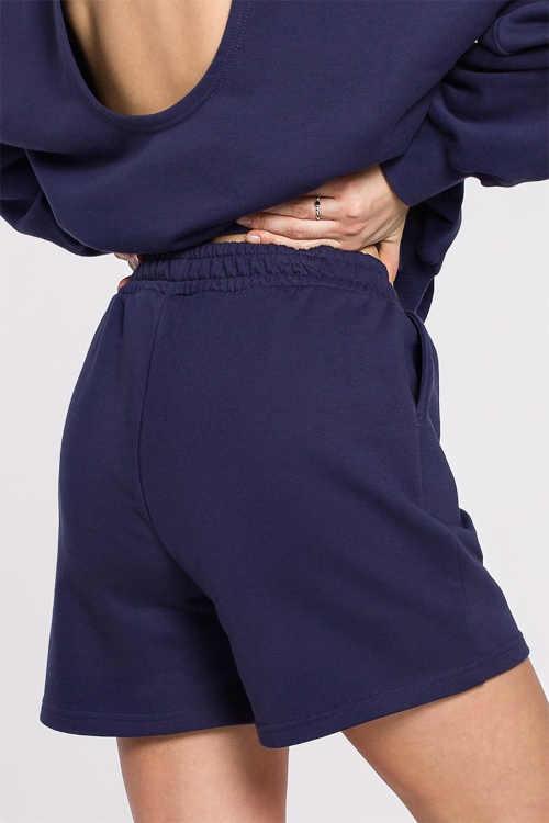 modré šortky do gumy
